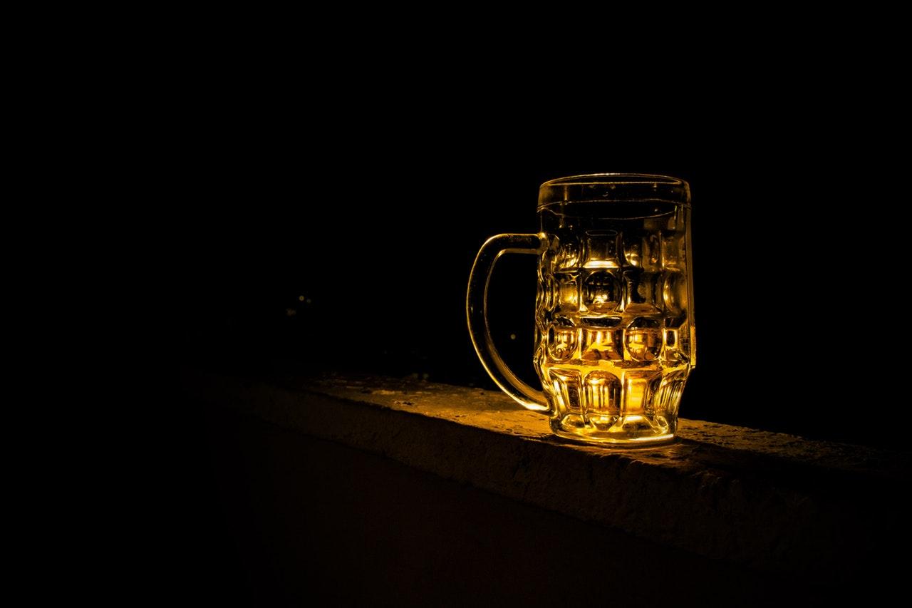 Aj pohár na pivo môže byť originálnym darčekom